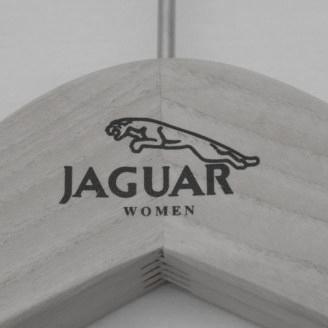 houten hanger gewaxt met opdruk