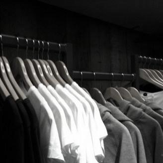 houten kledinghangers uit de Classic-lijn