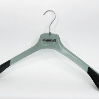 transparant groene colberthanger met extra brede rubberen schouderkoppen