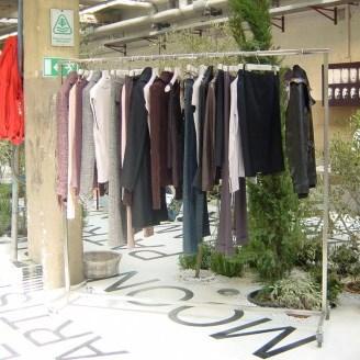 Verrijdbaar kledingrek voor binnen en buiten